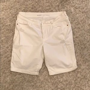 OLD NAVY bermuda shorts from their CURVY profile